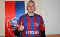 Karabükspor'un İsveçli futbolcusunun kafası karışık...