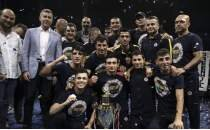 Fenerbahçe, Boks Ligi'nde Beşiktaş'ı yenip şampiyon oldu!