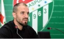 Bursaspor'da şok ayrılık! Görevi bıraktı!
