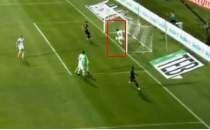 Osmanlıspor - Beşiktaş maçında ilginç pozisyon