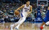 NBA yıldızı 'Yumurta Çocuk' yazılı ayakkabıyla oynadı