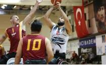 Tekerlekli sandalye basketbolunda derbi heyecanı